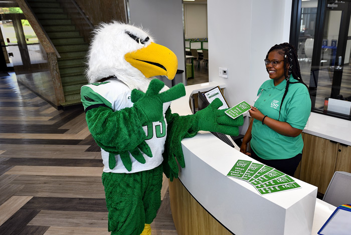 Scrappy visits the Academic Success Center